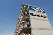 Brooklands-Suites-Silverstone-Best-Viewing