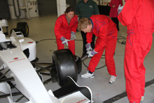Homeserve-Pit-Stop-Wheel-Change-Hire
